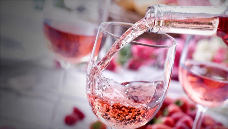Rosé toute l'année, elogio dell'eleganza nella Calabria ionica