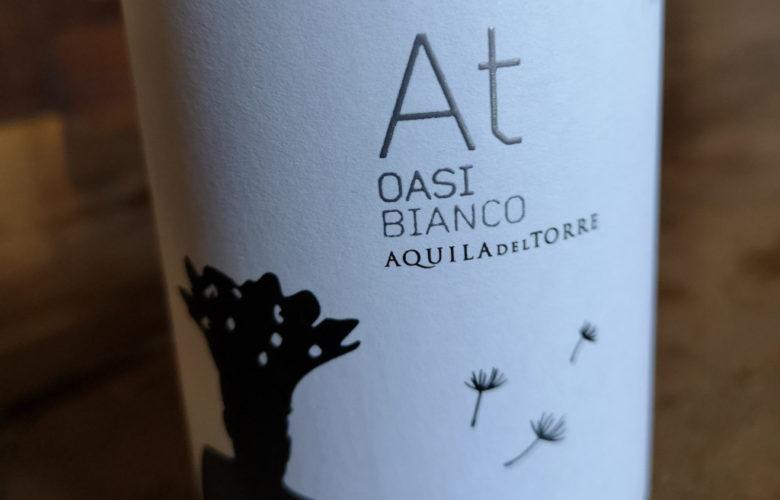 Oasi Bianco, originale espressione di un antico vitigno